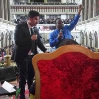 На служении в церкви Ассамблея Божья Рио-де-Жанейро