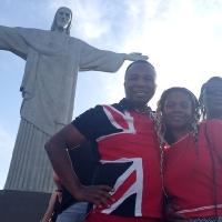 Пастор Сандей Аделаджа возле знаменитой статуи Иисуса Христа в Рио де Жанейро!